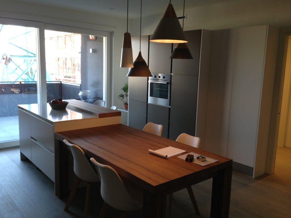 Tavolo da cucina in legno con angoli smussati (new ...
