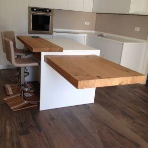 Cucina moderna con isola e tavolo in legno (new) - Caretta Design