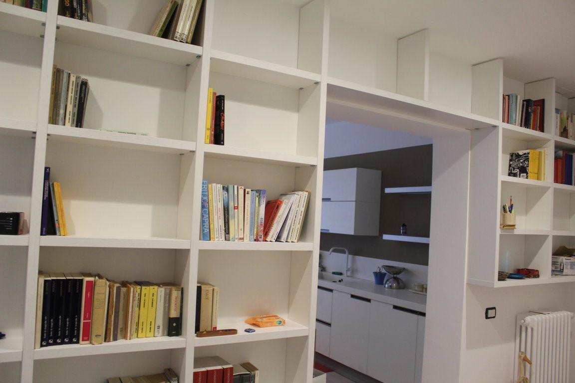 Librerie A Muro Su Misura.Libreria Su Misura A Muro In Struttura Bianca New Caretta Design