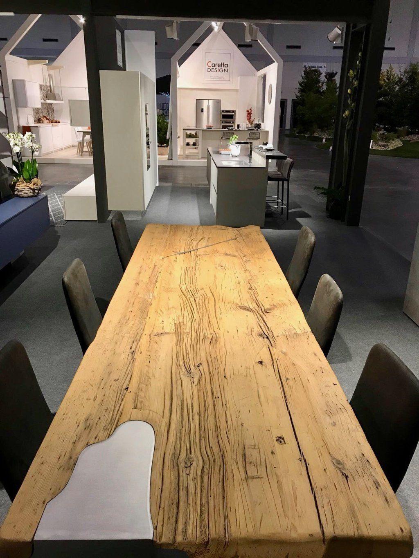 Legno Grezzo Per Tavoli tavolo in legno grezzo con decorazione in metallo (new